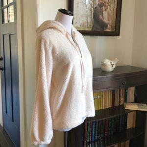 Bobeau Faux Fur Hoodie W/Pockets, Size MP